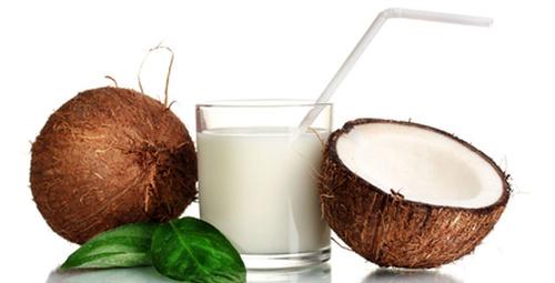 2 hafta Hindistan cevizi suyu içerseniz ne olur?