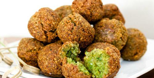 Bir dünya lezzeti olan Falafel'i denediniz mi?