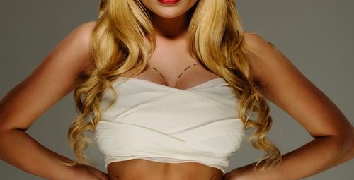 Göğüs sarkmalarını önlemenin 5 pratik yolu!