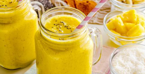 Yaz sıcaklarına karşı ananaslı baharatlı smoothie