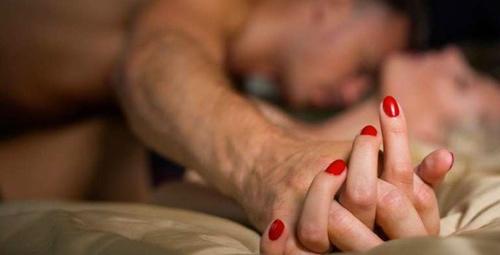 Eşiniz sürekli porno mu izliyor? İşte sebebi...