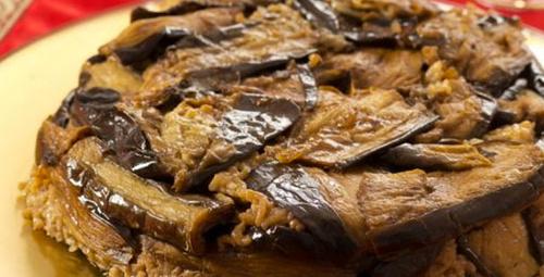 Bu lezzet bir başka: Patlıcanlı pilav