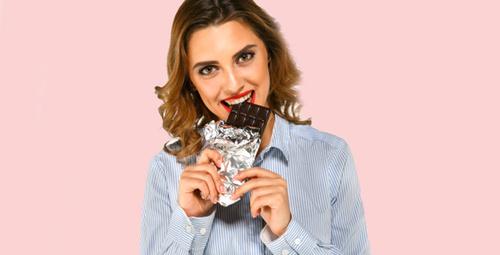 Regl döneminde çikolata isteğinizi azaltacak öneriler
