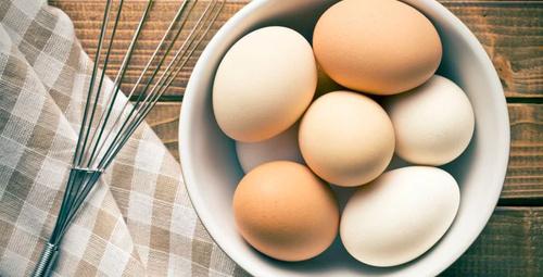 Beyaz ve kahverengi yumurta arasında fark var mı?