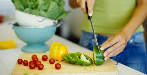 Yaz aylarında sağlıklı beslenmeye dikkat!