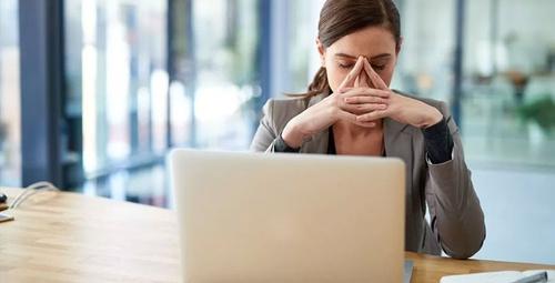 İş yerinde zorbalıkla baş etmenin 5 etkili yolu