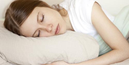 Gün içerisinde sürekli uyuma isteğiniz varsa dikkat!
