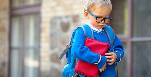 Okula yeni başlayan çocuklara nasıl davranmak gerekir?