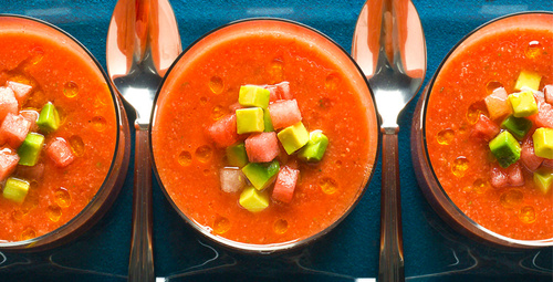 Bir İspanyol lezzeti: Gazpacho çorbası