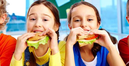 Okullar açılıyor! Çocuklar için pratik kahvaltı önerileri!