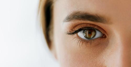 Gözlerinizin öne doğru eğilmesi o hastalığın habercisi!