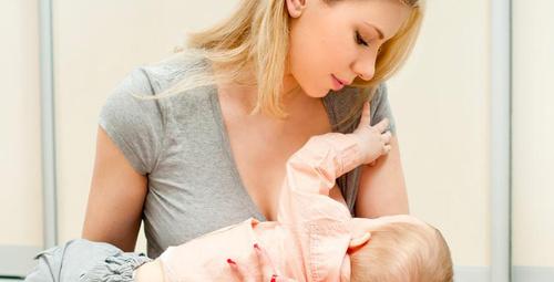 Bebeğiniz tek memeden süt içiyorsa...