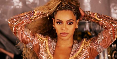 Dünyayı peşinde sürükleyen Beyonce ilk sevgilisiyle...