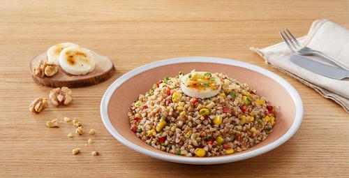 Hem doyurucu hem lezzetli: Karabuğday salatası!