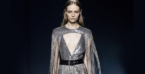 Givenchy Paris Moda Haftası defilesi