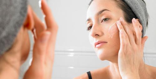 Her gün cildinize aloe vera jeli sürüp masaj yaparsanız....
