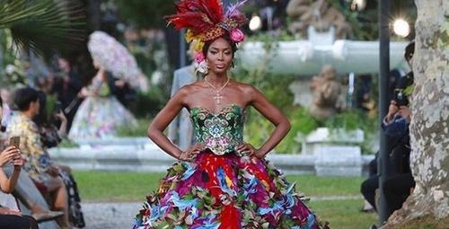 Dolce Gabbana defilesinde büyük sürpriz