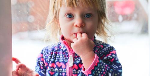 Çocuğunuz sık sık parmağını emiyorsa bunun nedeni...