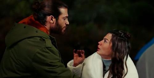 Erkenci Kuş 20.bölüm ilk sahnede Sanem slohanı buluyor 'Kendini bul'