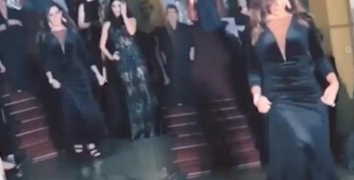 Acun Ilıcalı'nın eski eşi Zeynep Yılmaz Kartal'ın defilesine çıktı!