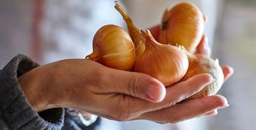 Ocaklarınızın üzerini soğanla silerseniz...
