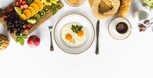Kahvaltıda enfes bir lezzet: Peynirli tava keki