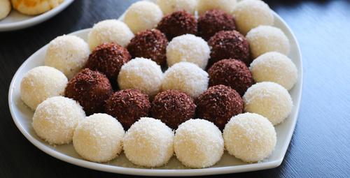 Ağızda dağılan enfes lezzet: İrmik topları