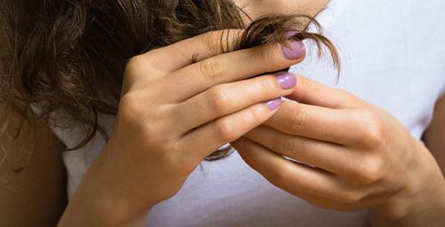 Kırık saç uçlarından kurtulmanın 3 etkili yolu!