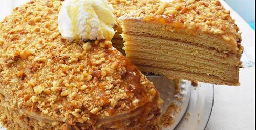 Enfes Ballı Rus pastası: Medovik tarifi