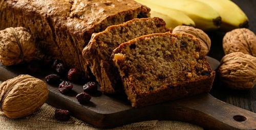Enfes bir kahvaltı için: Cevizli muzlu ekmek