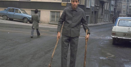 Ünlü oyuncudan Kemal Sunal itirafı: Merhaba dedik ve yatağa girdik!