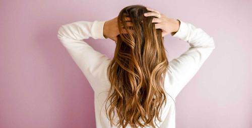Daha dolgun duran saçlar için 6 göz algısını deneyin!