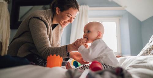 Bebeğin ilk dişini kaç aydan sonra çıkaracağını merak ediyorsanız...