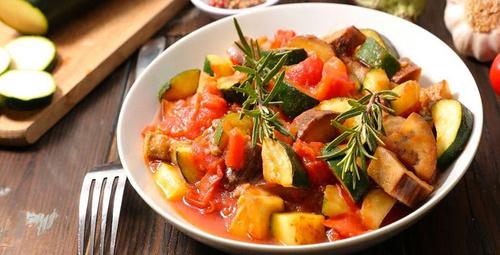 Hafif mi hafif bir lezzet: Sebzeli güveç tarifi