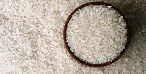 En ilginç zayıflama yöntemi: Pirinç yutmak