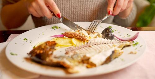 Balığın üzerine limon sıkarak yiyorsanız dikkat!