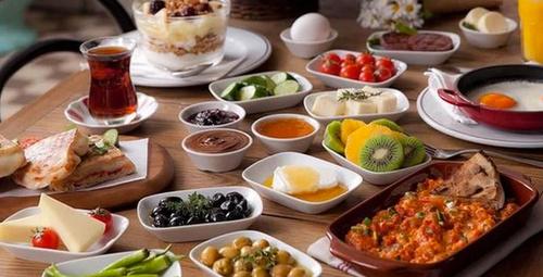 Kahvaltı sofralarının yeni misafiri: Ceviz kreması