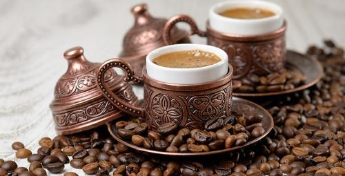 Bol köpüklü Türk kahvesi yapmanın sırrı burda!