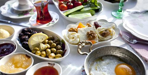 Kahvaltıda vazgeçilmez tat: Akıtma tarifi