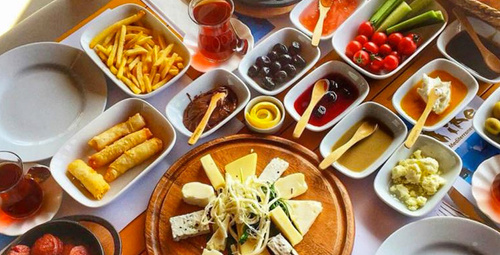 Kahvaltıda farklı lezzet arayanlara: Pırasa mücveri