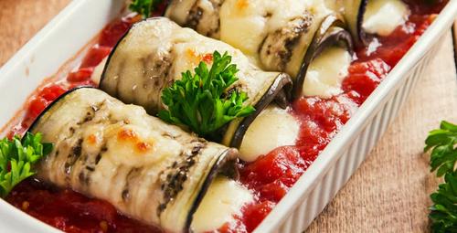 Lezzetine doyum olmaz: Domates soslu ızgara patlıcan