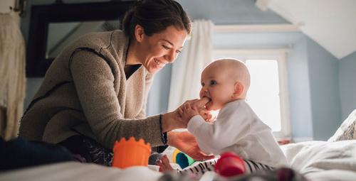 Bebekleri huzursuz eden diş çıkarma süresi kaç gün sürer?