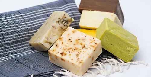 Mucize etkili keçi sütü sabunu evde yapabilirsiniz!