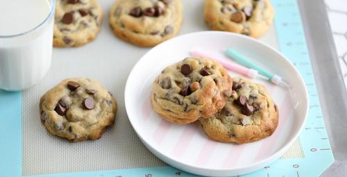 Sütün yanının vazgeçilmezi sade kurabiye tarifi!