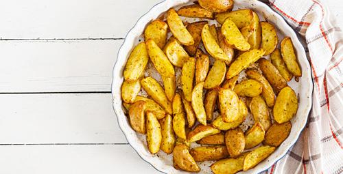 Fırında çıtır çıtır fırında patates tarifi!