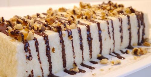 Bu lezzete bayılacaksınız: İrmikli sütlü tatlı