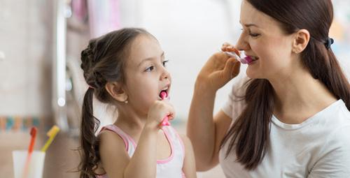 Çocuğunuza diş fırçası alırken 3 şeye dikkat!