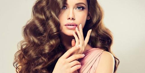 Saçları güçlendiren 4 doğal tedavi yöntemi!