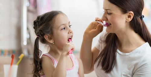 Çocuğunuz için diş macunu alırken dikkat!