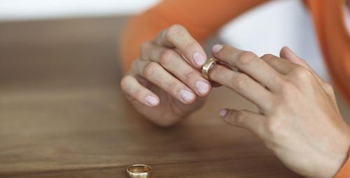 Evliliği bitiren 4 temel sebep!